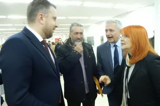 Gradonačelnik Abdulah Skaka u razgovoru sa Denisom Jeinom i Amrom Zulfikarpašić