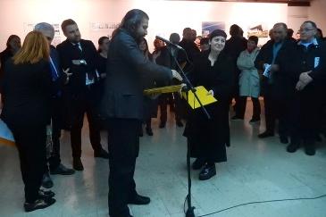Danis Fejzić je uručio nagradu za crtež Renati Papišti